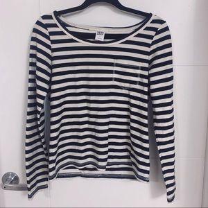 Vero Moda - navy&cream stripped sweater 💙